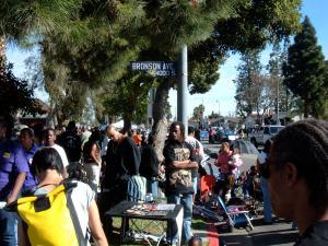 Sidwalk crowds
