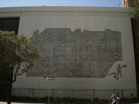 Ten public artworks along the ciclavia route ciclavia for Bas relief mural